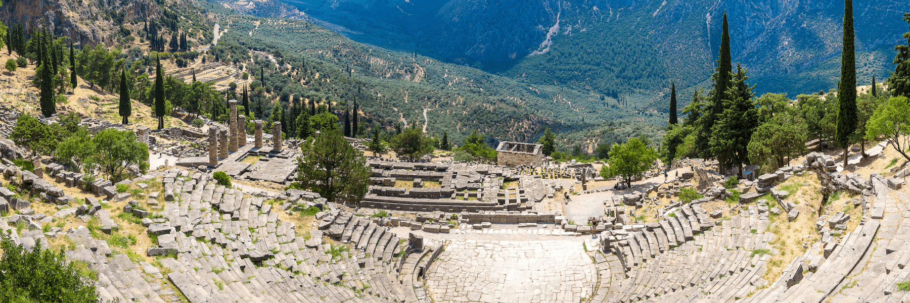 Delphi, island-hopping cruises in Greece